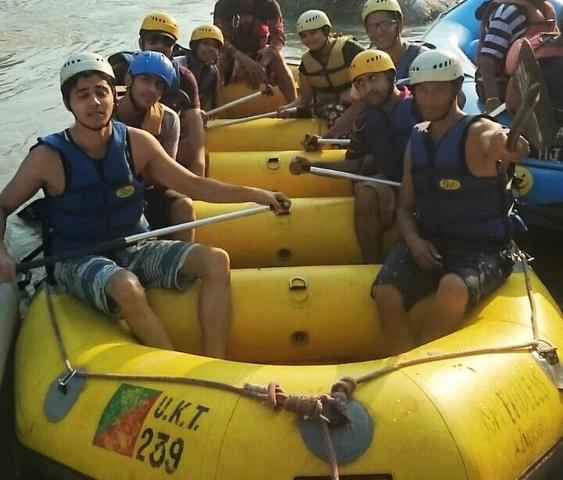 Free Rafting in Ganga River Photos