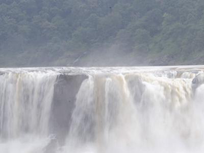 Gira-Waterfalls-Gujarat