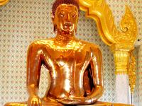 Golden Buddha Estátua