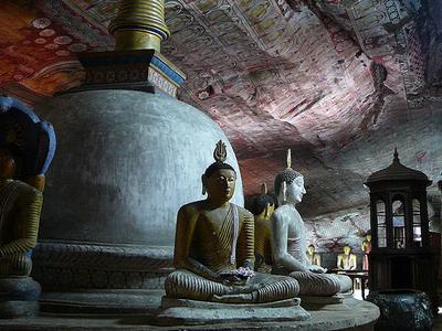 Inside The Golden Temple Of Dambulla