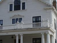 Gluek House