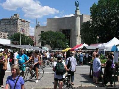 Saturday Market In The Plaza