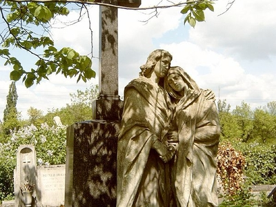 Desi Grom's Grave