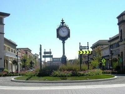 Hamilton  Town  Center