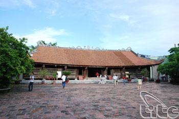 Hang Kenh Communal House02
