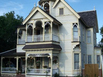 Henderson  House  Lake  City