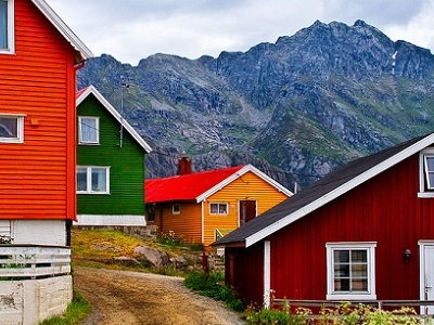 Henningsvaer Houses - Lofoten Islands