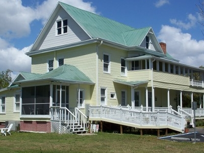 Historic Edge House
