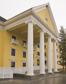 Historic Lake Hotel - Yellowstone - Wyoming - USA