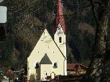 Hl Briccius Pfarrkirche Uderns Austria