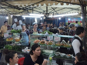 Ho Chi Minh City By Night - Dinner & Shopping Photos