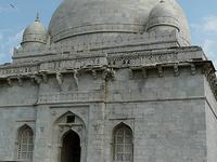 Tumba Hoshang Shah