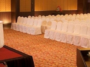Host Elegant Events For Up To 1,000 Guests