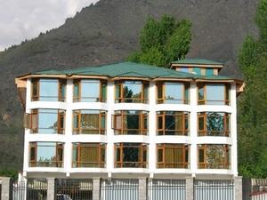 Hotel Grand Mahal