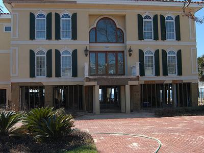House In Pensacola Bay