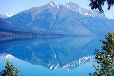 Howe Lake Trail - Glacier - Montana - USA