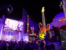 Huge Guitar At Universal CityWalk