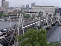 Hungerford Bridge e Golden Jubilee Bridges