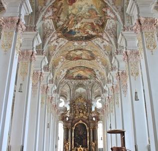 Heiliggeistkirche Inside View