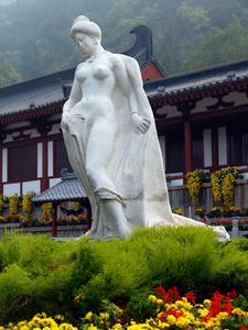 Statue Of Yang Guifei