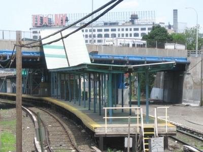 Hunterspoint Avenue LIRR Station