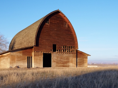 Iconic Barn In Sunnyside