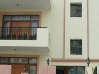 Signature Crest Serviced Apartment, Gurgaon
