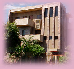 Treinta y Seis International-La casa de huéspedes con encanto