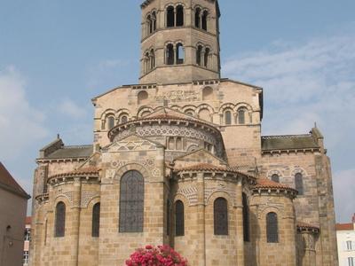 Saint-Austremoine Church