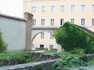 István Járdányi Paulovics Garden Ruin