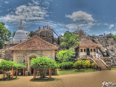 Isurumuniya Temple Complex