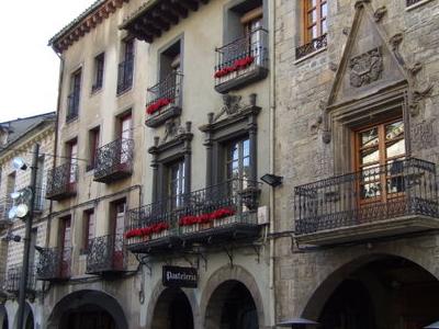 Jaca     Plaza De La  Catedral
