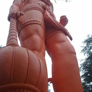 Jakhoo Mandir Statue Of Hanuman