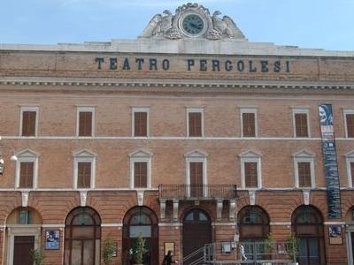Jesi  Teatropergolesi