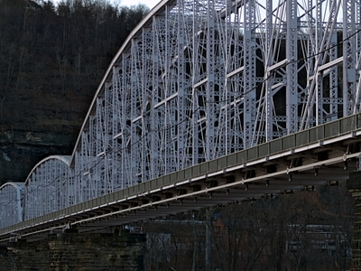 Jonathon  Hulton  Bridge
