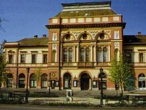 Deryne Cultural Center