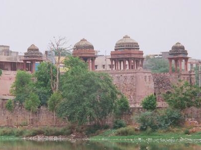 Jahaz  Mahal On The Bank Of  Hauz  I   Shamsi Tank
