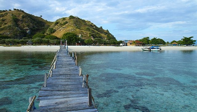 Komodo Honeymoon Package Photos