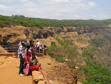 Kates Point Midday - Mahabaleshwar - India