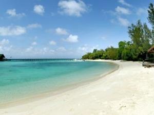 Kelambu Beach