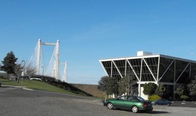 Kennewick  Cable Bridge  Vietnam Memorial
