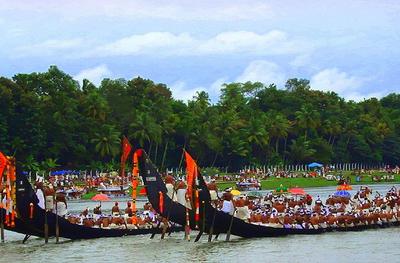 Aranmula Uthrattathi Boat Race