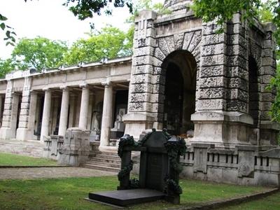 Kerepesi Cemetery Arcades 2