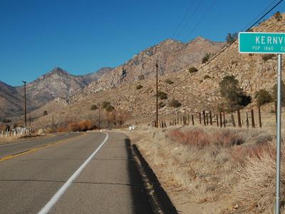 Kernville  California Guide Sign