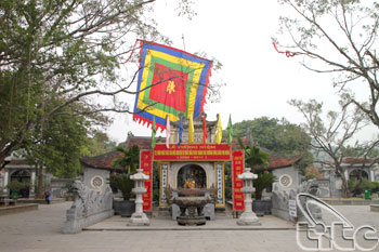 Kiep Bac Temple02