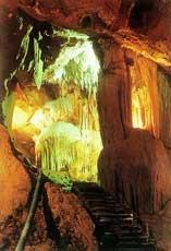 Kim Quy Grotto