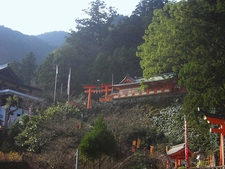 Kumanonachitaisha Upper