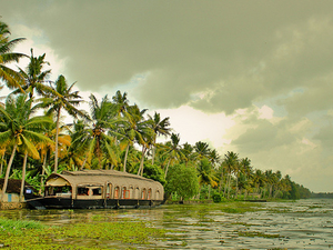 Kumarakom Holiday Package