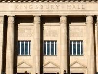 Kingsbury Salão