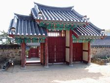Ssangchungsa Inner Gate